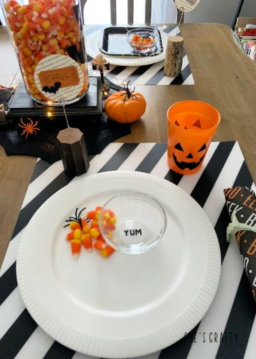 Halloween Table Decorations - Halloween treat bowls