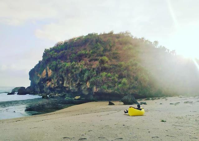 Pantai Kayu Arum Gunung Kidul, Pantai Tersembunyi di Jogja