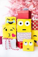 pacchi di natale emoticon