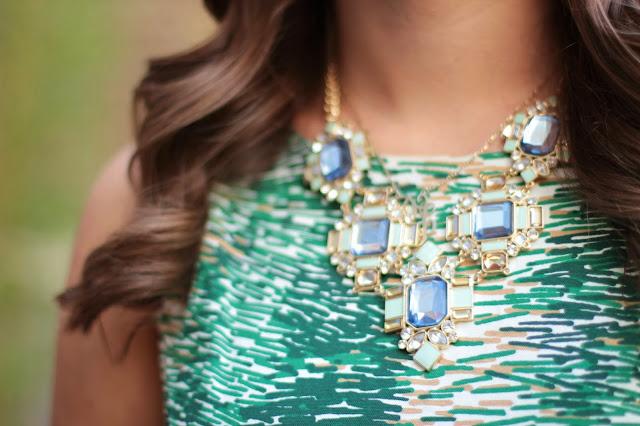 bauble bar, bauble bar necklace, bauble bar statement necklace, bauble bar green necklace