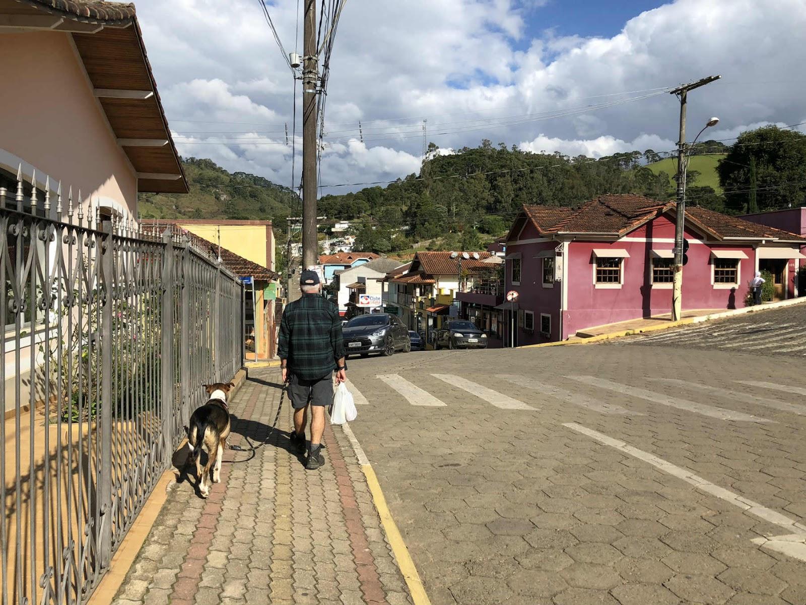 Pelas ruas de Gonçalves-MG