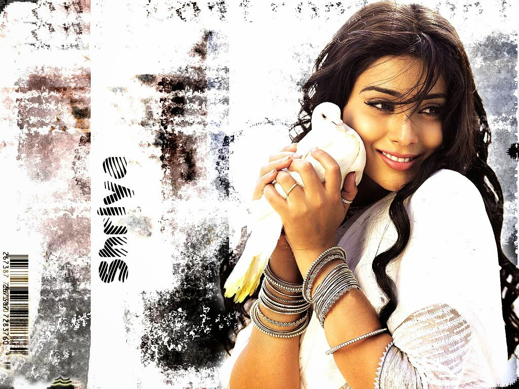 Global Pictures Gallery: Shriya Saran FUll HD Wallpapers