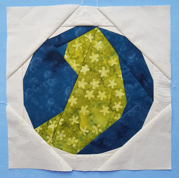 Jesse Tree quilt blocks | DevotedQuilter.com