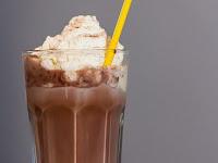 Cara Mudah Membuat Es Coklat Nikmat Yang Paling Lembut