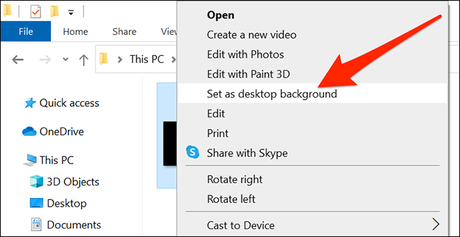 ارجع إلى خلفية سطح المكتب الأصلية لنظام التشغيل Windows 10