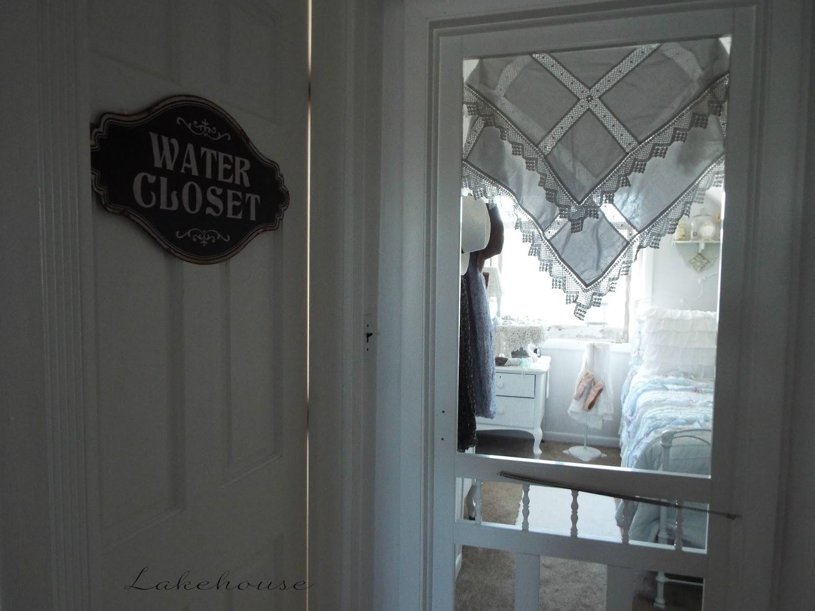 lakehouse screen doors on bedrooms