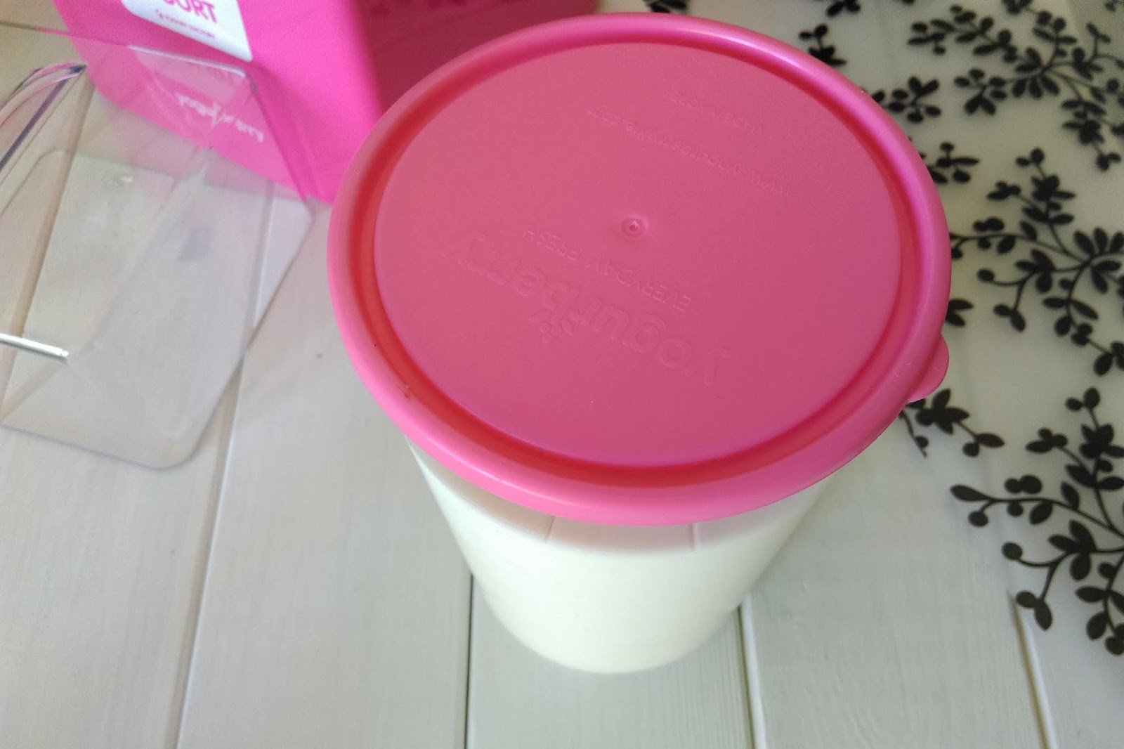 Jak zrobić jogurt naturalny