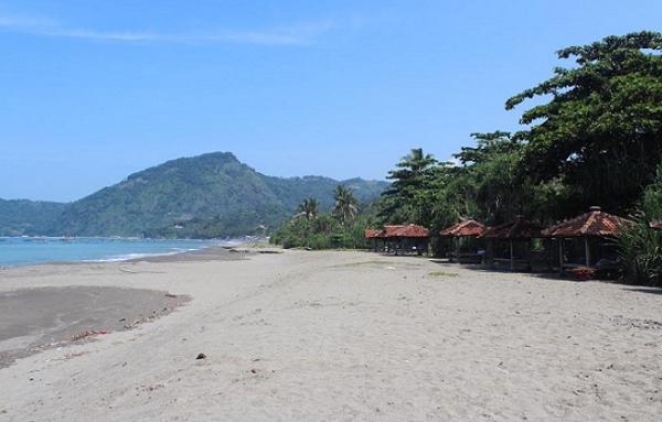 tempat wisata sukabumi pantai Cibangbang
