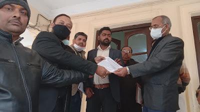 पत्रकारों पर एफआईआर प्रकरण में कानपुर देहात प्रेस क्लब ने मंडलायुक्त और एडीजी को दिया ज्ञापन