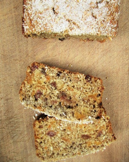 apricot, coconut, tea loaf, baking, retreat kitchen, gluten free, buckwheat, recipes, de tout coeur limousin, frugal, food to make you feel good, low fat, low sugar, egg free, refined sugar free, earl grey, cake, dessert, tea cake,
