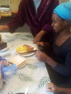 Woman warms hearts as she serves her housemaid on her birthday