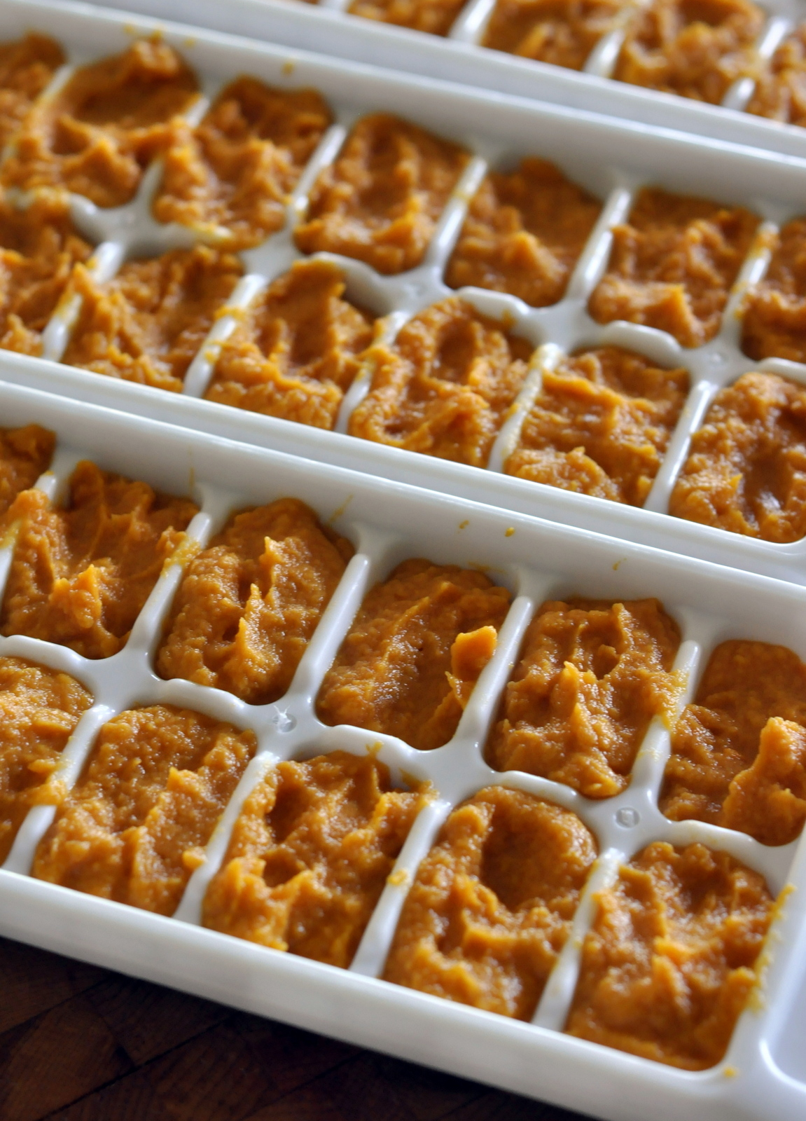 How To: Make and Freeze Homemade Baby Food {Sweet Potato Purée}