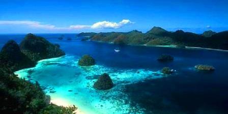 Gugusan pulau di raja ampat papua