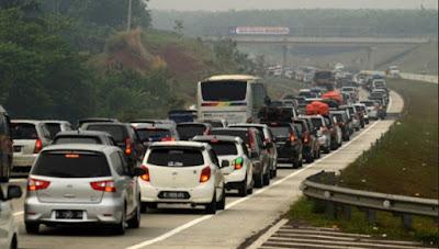 9 Cara Yang Harus di Ketahui Untuk Menghemat  BBM Kendaraan Mobil  Anda