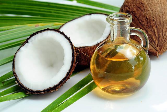 Benefícios do óleo de coco para o cabelo