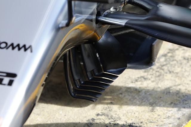 I turning vanes introdotti dalla Mercedes a Barcellona sulla sua W07 Hybrid