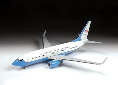 Boeing 737-700 picture 3