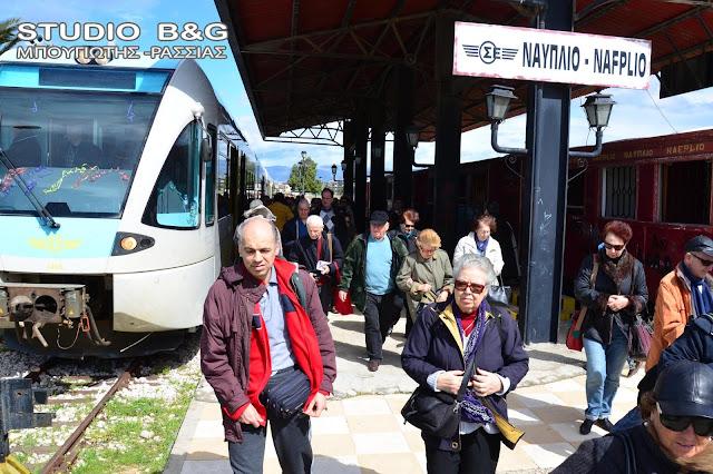 Το τρένο στο Ναύπλιο στη συνάντηση του Παναγιώτη Νίκα με τον πρωθυπουργό