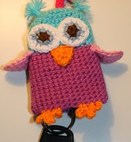 http://www.ravelry.com/patterns/library/owl-keychain
