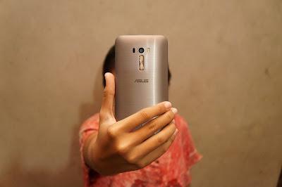 Aku milihnya Zenfone selfie, kalu kamu?