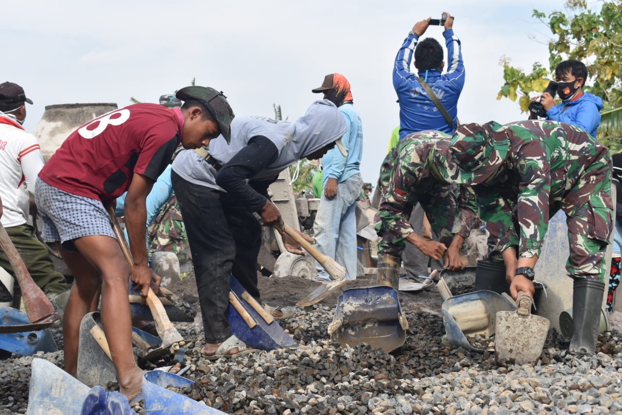 Dandim Demak : Antusias Masyarakat Dalam TMMD Desa Harjowinangun Sangat Luar Biasa