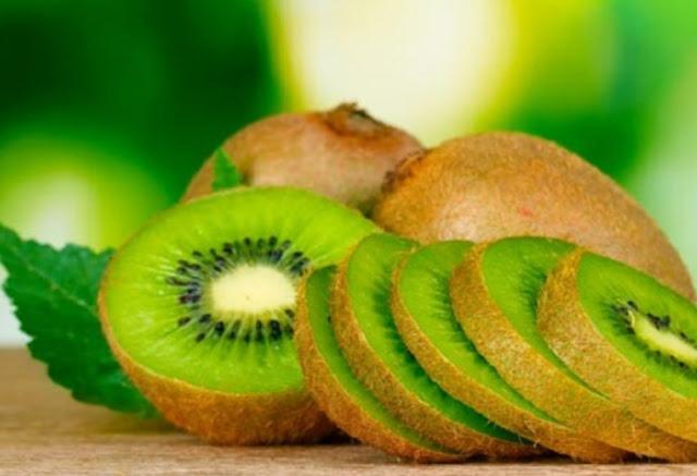vitamin c buah kiwi meningkatkan daya imun tubuh