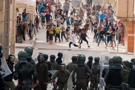 """""""العفو الدولية"""" تطالب سلطات المغرب بحريّة معتقلي """"حراك الحسيمة"""""""