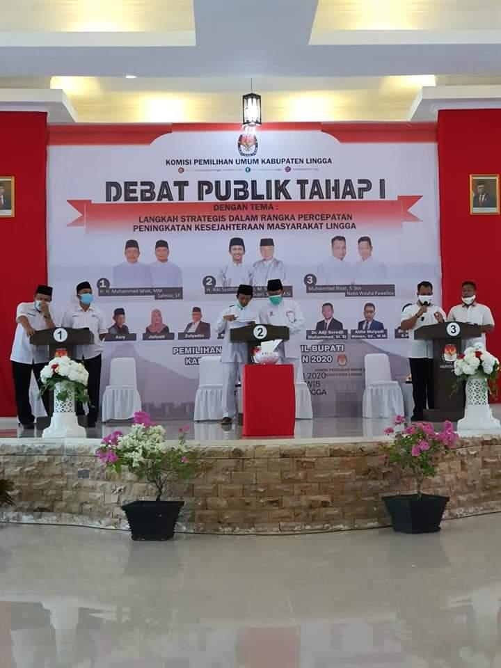 Rektor UMRAH Menjadi Moderator Debat Publik Calon Bupati dan Wakil Bupati Lingga Tahap Pertama