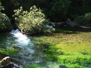Fontaine de Valcluse