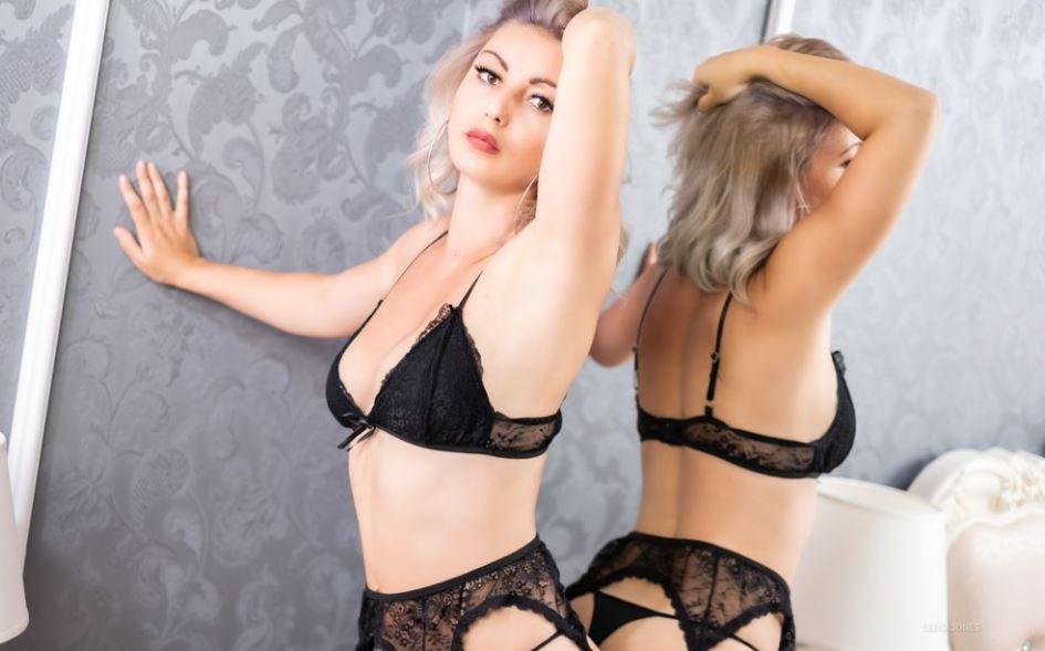 LeenaJones Model GlamourCams