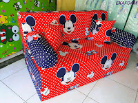 Sofa bed inoac mickey mouse merah posisi sofa