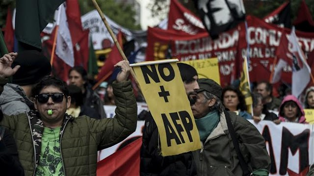 Chilean workers rally in capital Santiago over government's pension system