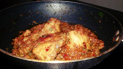 Chicken Tomato Sauce Karahi Chicken
