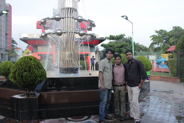 Sumon-Sutradhar-at-Dream-Holiday-Park