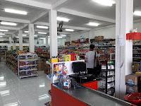 Lowongan Kerja Kasir Minimarket NineMart