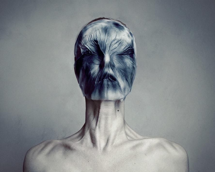 Estremamente Flóra Borsi y el collage.   Cultura visual y creación artística  RA59