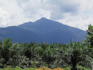 Sejarah Gunung Ledang