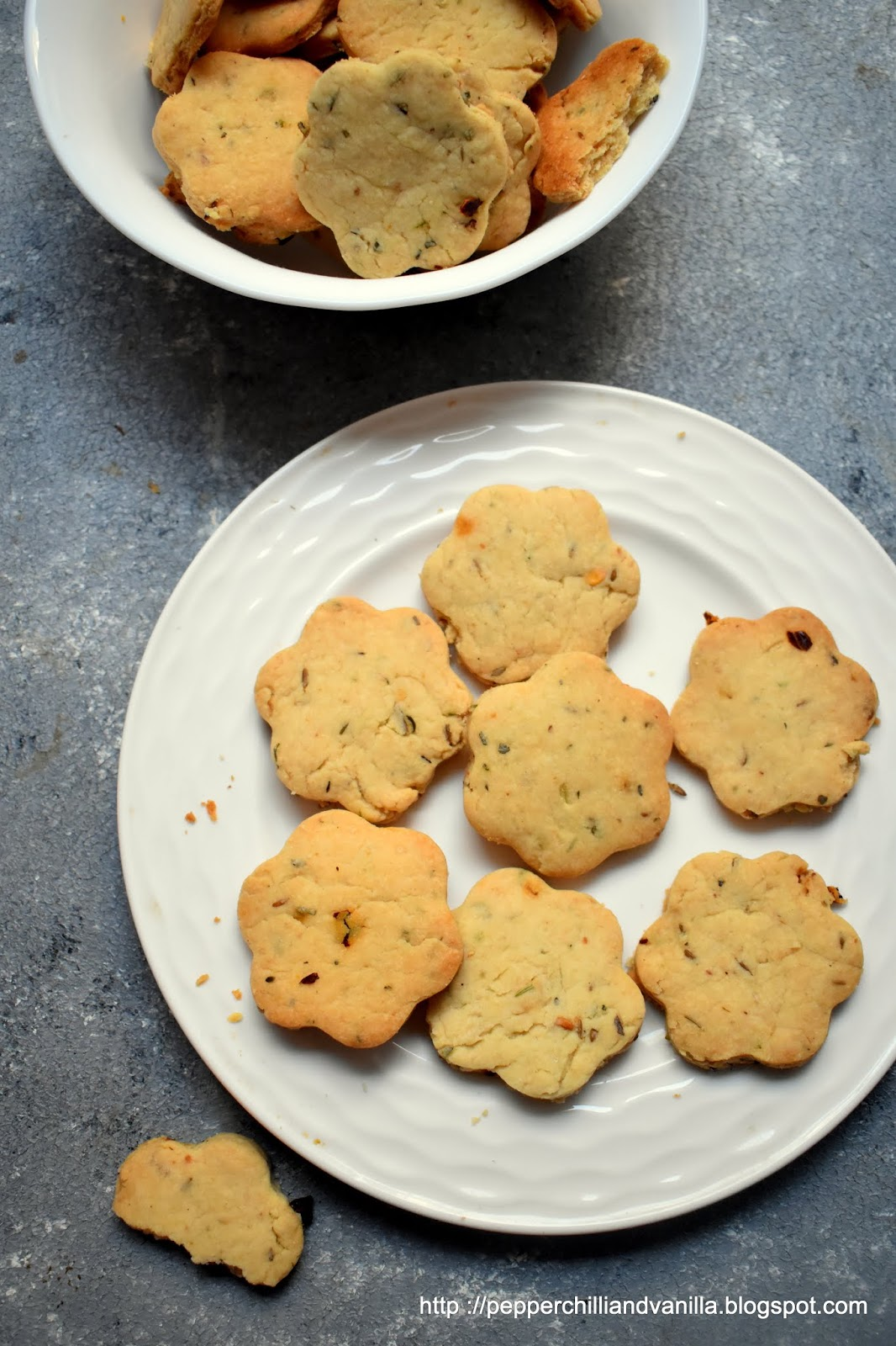 savoury cheese cookies ,masala cookies recipe easy
