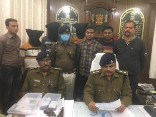 मोतिहारी एसपी के निर्देश पर दबोचे गए बदमाश,  छापेमारी में हथियार भी बरामद