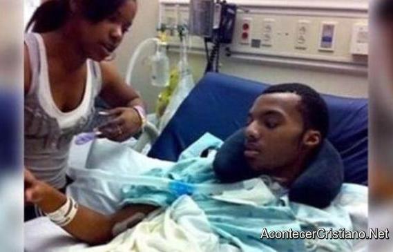 Joven se recupera tras estado de coma