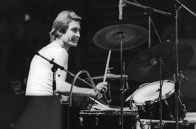 Rolling Stones drummer Charlie Watts dead at age 80.