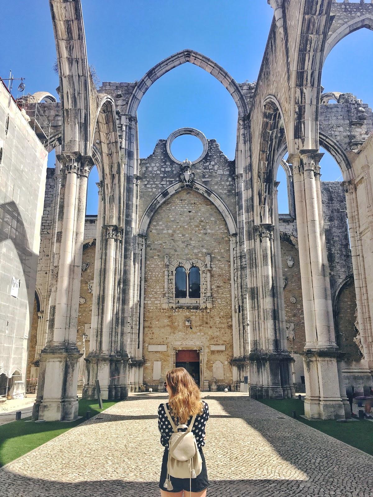 perfect instagram photos in Lisbon