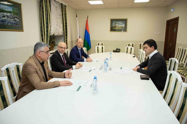 Председатель Законодательного Собрания Элиссан Шандалович провел встречу с руководителем Школы публичной дипломатии Тиграном Шадунцем (Армения)