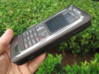 Nokia E90 Communicator Jadul Mulus