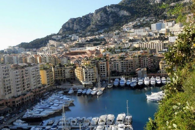 Nice to Monaco by Bus: Yacht Harbour
