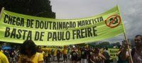https://www.questionsdeclasses.org/?Bresil-Le-President-Jair-Bolsonaro-contre-le-pedagogue-Paulo-Freire