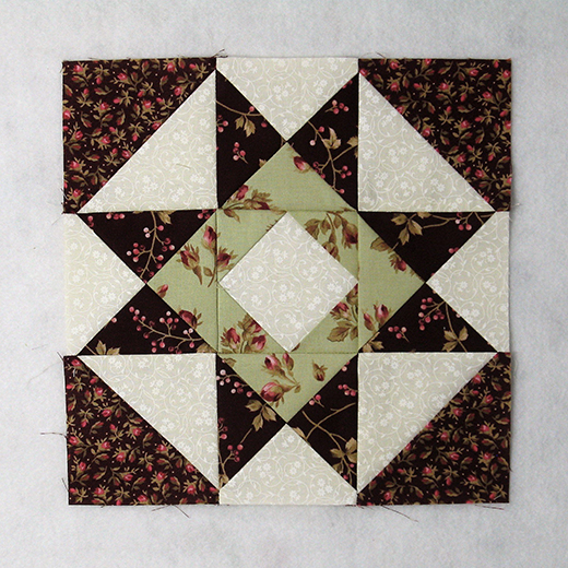 Card Basket Quilt Block designed by Elaine Huff of Fabric406