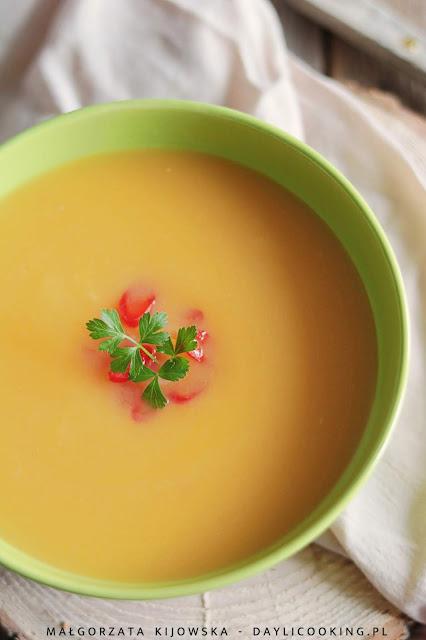 przepis na zupę z dyni, zupa dyniowa przepos, krem dyniowy, zupa krem dynia
