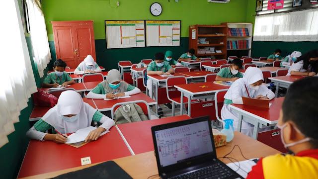 Mendikbud: Belajar Tatap Muka Dimulai Juli 2021