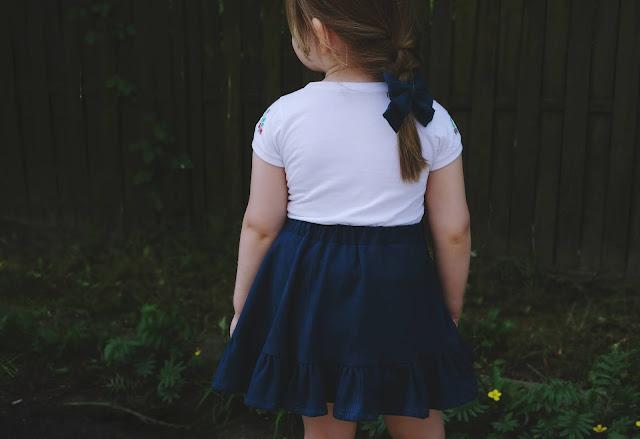 dziecięca spódniczka z bawełnianej krepy